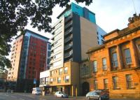 Flat for sale in Clyde Street...