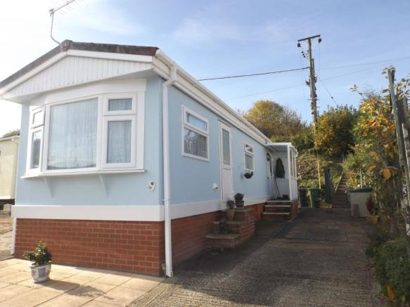 1 Bedroom Mobile Home For Sale In Hillview Manor Park Winchester