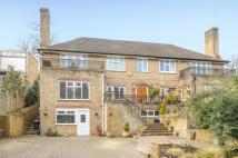 4 bed property in Logs Hill, Chislehurst