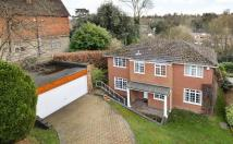 4 bed home for sale in Porrington Close...