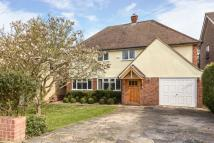 Detached house in Golf Road, Bromley