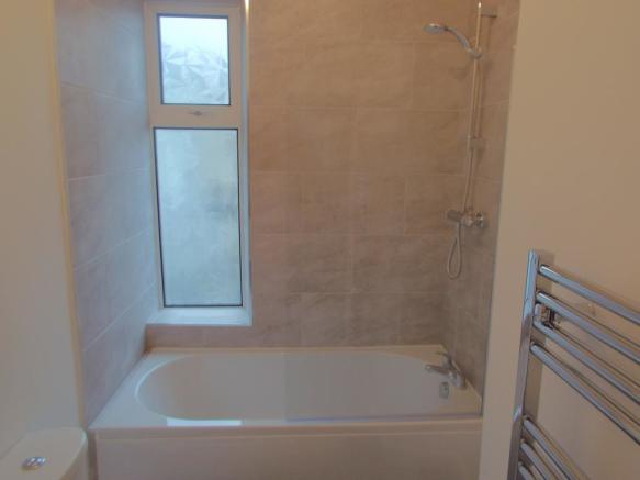 Bathroom Pic1