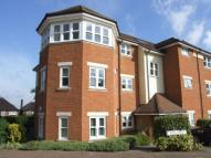 2 bedroom Flat in Dorking, Surrey