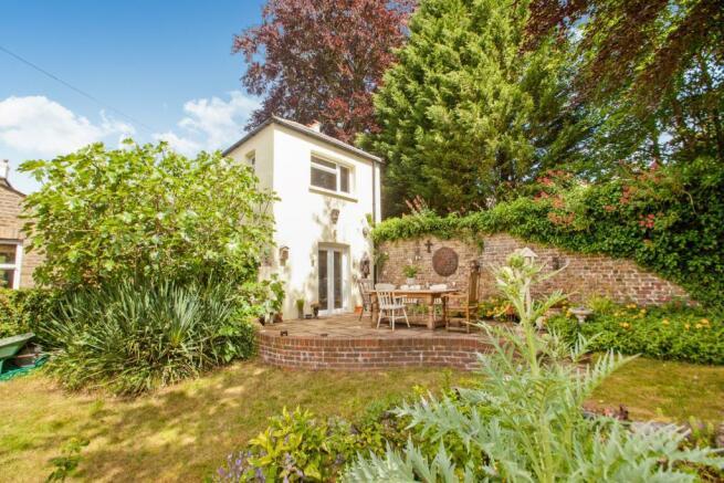 Stalifield Cottage-R