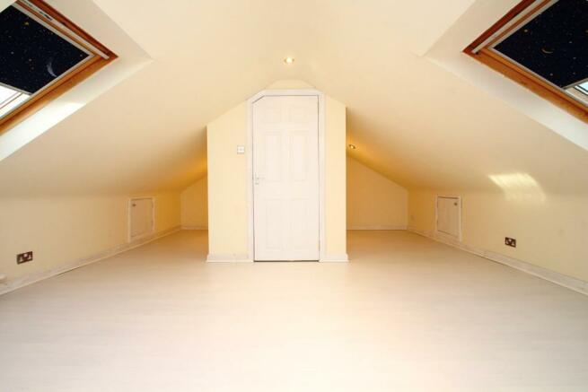 Attic Room/Bedroom
