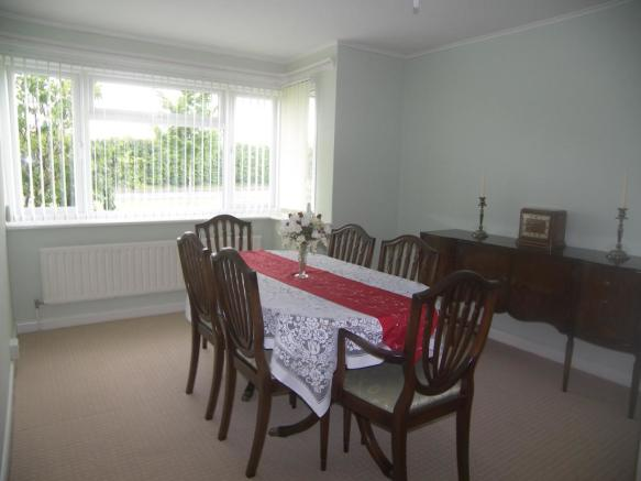 Dining room / bedroo