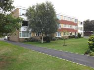 3 bed Flat in Avenue Road, Epsom...