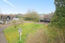 Detached property in Ashmore Lane, Keston