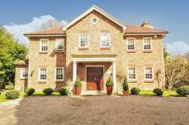 5 bedroom Detached home in Wolds Drive, Locksbottom