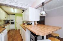 3 bed Terraced property in Farnham, Surrey