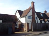 5 bedroom house in Cliff Road, Felixstowe...