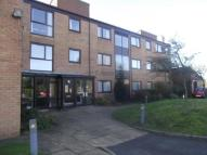 2 bed Flat for sale in Hayward Court...