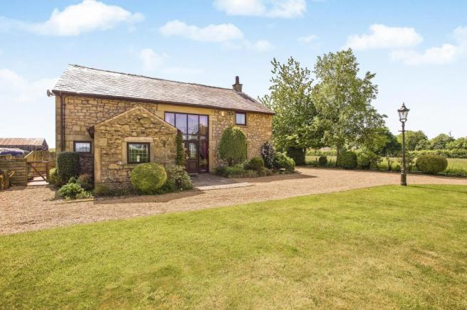 4 bedroom detached house for sale in camforth hall lane