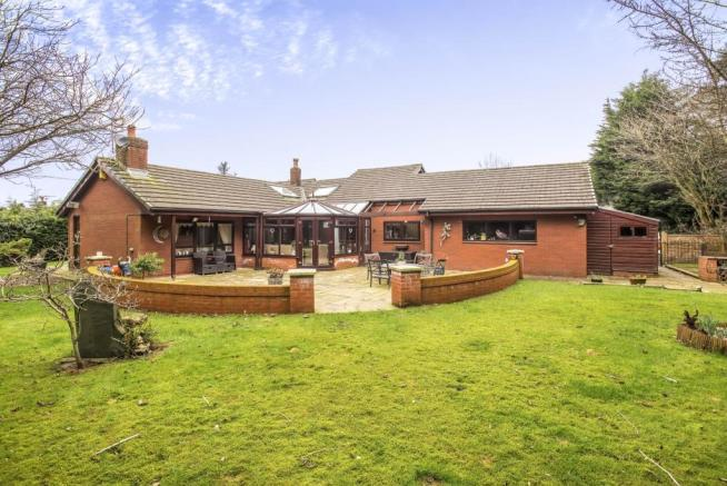 4 bedroom bungalow for sale in whittingham lane broughton