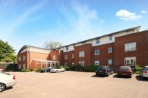 2 bedroom Flat for sale in Portsmouth Road...