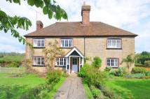 3 bed semi detached home in Chilworth, Guildford...