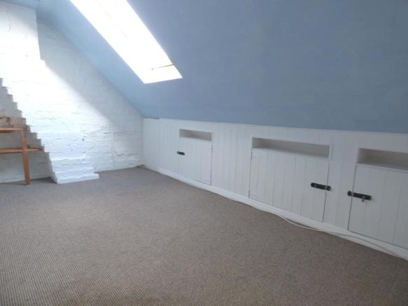 Loft/Hobby Room