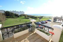 2 bed house in Adelaide Crescent, Hove...