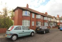 2 bed Flat in Kingswood Avenue...