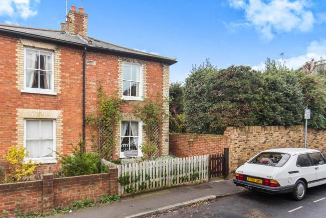 3 bedroom semi detached house for sale in kingston upon thames kt2