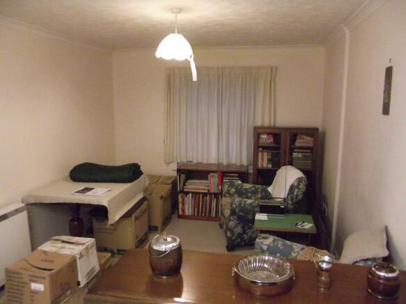 Open-Plan Lounge / K