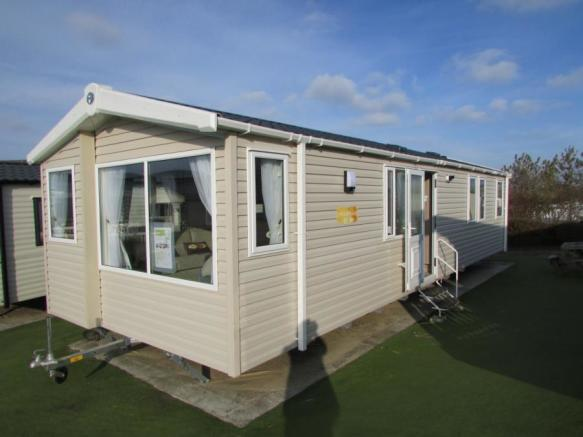 3 Bedroom Mobile Home For Sale In Perran Sands Holiday Park Perranporth Cornwall Tr6