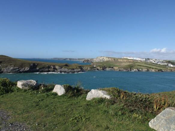 Porth Beach and Isla