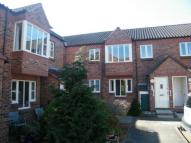 2 bed Flat for sale in Applegarth Court...