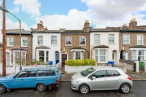 4 bed Terraced property to rent in Kirkwood Road, London...
