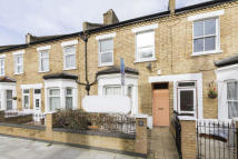 1 bed Flat in Coll's Road, Peckham