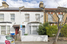 Terraced house in Elcot Avenue, Peckham