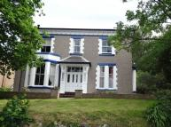 6 bedroom home in Carreg
