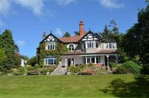 5 bed property in Bryn Derwen, West End...