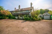 6 bed new house in Foxley Lane, Sutton, CR8