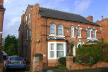 2 bedroom Apartment to rent in Henry Road...