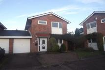 Detached home to rent in Dale Close...