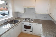 Maisonette to rent in Kendal Court...