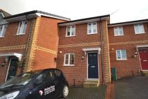 3 bed Terraced property to rent in St Johns Avenue, Ryde...