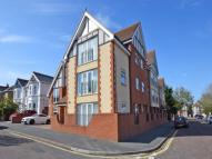 Flat to rent in Amelia Court...