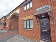 2 bedroom home to rent in Cross Street, Newport...