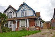 4 bedroom house in The Avenue, Freshwater...