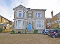 6 bedroom Detached property to rent in Queens Road, Ryde...