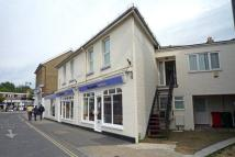 2 bed Flat to rent in Ferry Road, East Cowes...