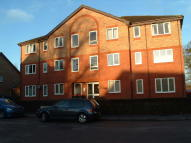 Apartment to rent in Bewbush Manor, Crawley...