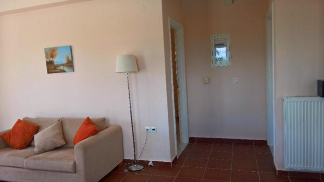 2 bed hall