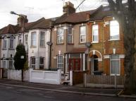 1 bedroom Ground Flat for sale in Woodlands Road, London...