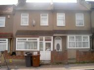 3 bed Terraced house for sale in Carlton Road, London, E17