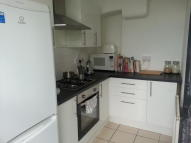 2 bed Ground Flat to rent in Church Road, London, E10