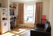 Flat to rent in Pavilion Court...