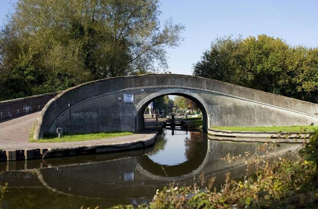 Wolverhampton canal, ideal for a leisurely stroll